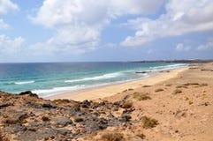 Playa de Esqinzo que sorprende en Canarias de Fuerteventura Imagen de archivo