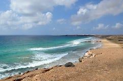 Playa de Esqinzo que sorprende en Canarias de Fuerteventura Imagenes de archivo