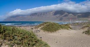 Playa de Famara Arkivbilder