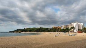 Playa de Fenals en Lloret de Mar en España Foto de archivo