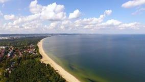 Playa de Gdansk, visión desde arriba almacen de video