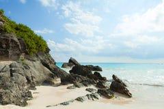 Playa de herradura de la bahía en Bermudas imágenes de archivo libres de regalías