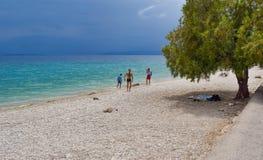 Playa de Kineta, Grecia Foto de archivo libre de regalías