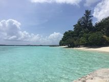 Playa de Kurumba en las islas de Maldivas Foto de archivo