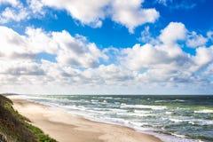 Playa de la arena en el mar Báltico Fotos de archivo