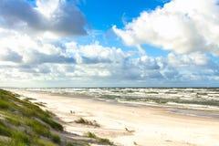Playa de la arena en el mar Báltico Imágenes de archivo libres de regalías