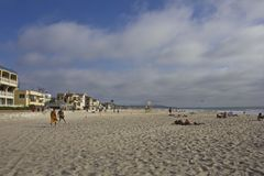 Playa de la bahía de la misión en San Diego Imágenes de archivo libres de regalías