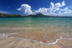 Playa de la bahía del comandante - St San Cristobal Imagenes de archivo