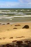 Playa de la caloría en la ciudad de Torres, el Brasil imagen de archivo