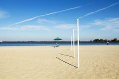 Playa de la ciudad, arena, soledad Foto de archivo libre de regalías
