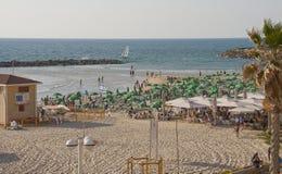 Playa de la ciudad en el teléfono Aviv Israel Imágenes de archivo libres de regalías