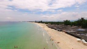 Playa de la encuesta aérea en Vietnam almacen de metraje de vídeo