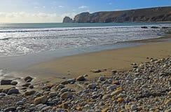 Playa de la grava en Francia fotografía de archivo