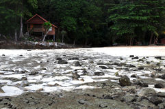Playa de la KOH de Toh en la bahía del ti del lan de la isla de la phi de la phi Fotos de archivo libres de regalías