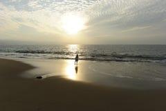 Playa de la muchacha Imagen de archivo