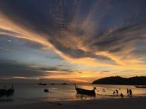 Playa de la puesta del sol Fotos de archivo