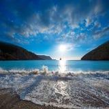 Playa de la puesta del sol de Ibiza Cala Benirras en San Juan en balear Imágenes de archivo libres de regalías