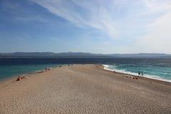 Playa de la rata de Zlatni, Croatia Foto de archivo libre de regalías