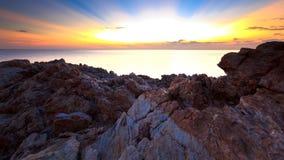 Playa de la roca en Tailandia Fotos de archivo libres de regalías