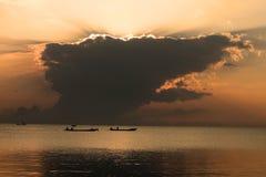Playa de la salida del sol del paisaje del mar Imagen de archivo libre de regalías