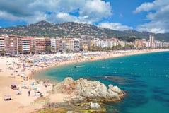 Playa de Lloret de Mar, Costa Brava, Cataluña, España imagenes de archivo