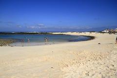 Playa de Los拉各斯- El Cotillo,费埃特文图拉岛,加那利群岛, 免版税库存照片