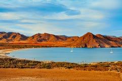 Playa de los Genoveses海滩在Cabo de加塔角Nijar自然公园, 免版税库存图片