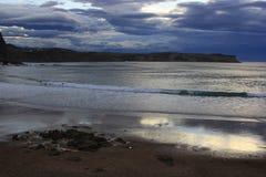 Playa de los locos, Suances, Santander Cantabria Arkivbild