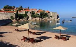 Playa de lujo - Sveti Stefan, Montenegro Foto de archivo