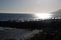Playa de Malibu en la puesta del sol Fotos de archivo