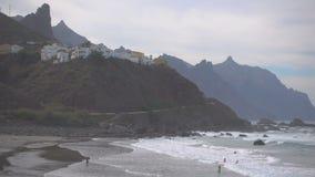 Playa de Océano Atlántico y de Almaciga almacen de metraje de vídeo