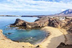 Playa de Papagayo av Lanzarote, kanariefågelöar Arkivbild