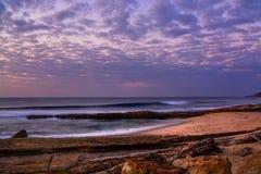 Playa de Pedra Branca en el pueblo de Ericeira, Portugal Imagenes de archivo