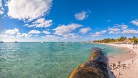 Playa de Playa del Norte en Isla Mujeres, México Foto de archivo