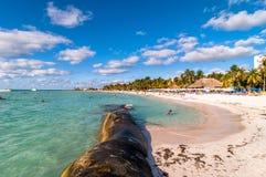 Playa de Playa del Norte en Isla Mujeres, México Fotos de archivo
