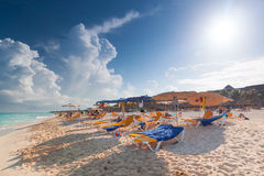 Playa de Playacar en el mar del Caribe en México Imagen de archivo libre de regalías