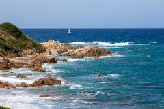 Playa de Propriano en la isla grande en Fance Imagen de archivo
