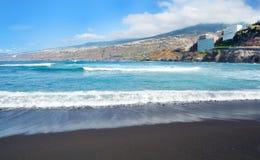 Playa de Puerto de la Cruz Fotografía de archivo libre de regalías