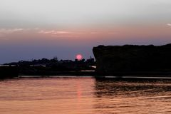Playa de Punta Cirica en la puesta del sol imagen de archivo