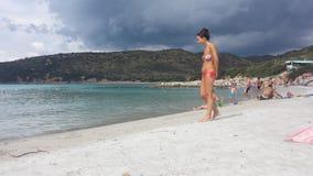 Playa de Punta Molentis, Villasimius - 26 Septmber, 2016: uninident Fotos de archivo