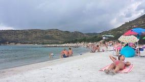 Playa de Punta Molentis, Villasimius - 26 Septmber, 2016: uninident Imágenes de archivo libres de regalías