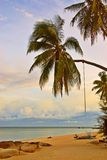 Playa de relajación de la puesta del sol foto de archivo