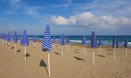 Playa de Rethymno en Crete foto de archivo libre de regalías