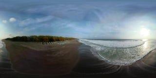 Playa de Sandy cerca del océano vr360 metrajes