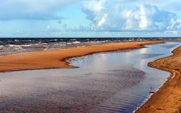 Playa de Sandy del mar Báltico Fotografía de archivo libre de regalías