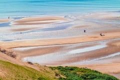 Playa de Sandy, mar, gente, Fotografía de archivo libre de regalías