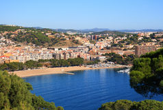 Playa de Sant Feliu de Guixols (costa Brava, España) Imagenes de archivo
