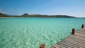 Playa de Santa Giulia, Córcega, Francia, Europa almacen de metraje de vídeo