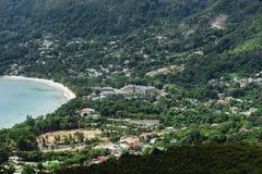 Playa de Seychelles en Mahe Island Imagen de archivo libre de regalías