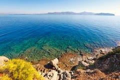 Playa de Skliri en Agistri, Grecia Imagen de archivo libre de regalías